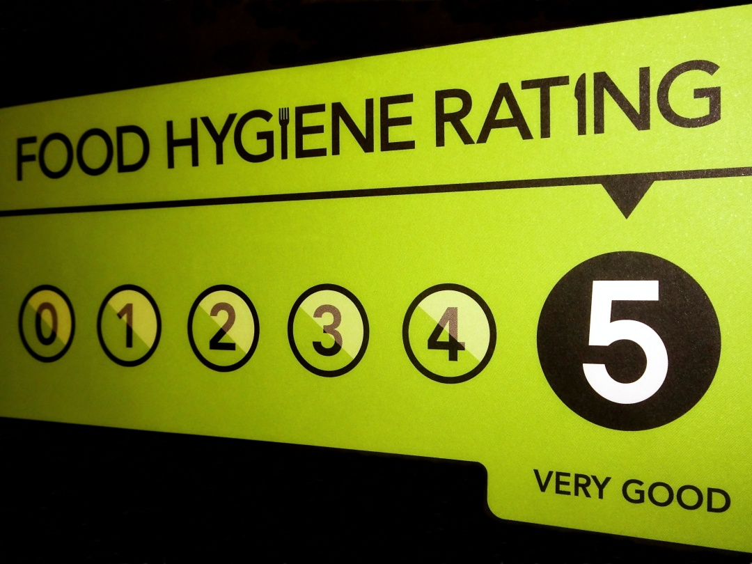 A 5 hygiene rating sticker on a door